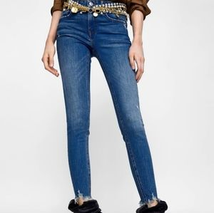 ZARA Blue Mid-Rise Cropped Ankle Skinny Jeans